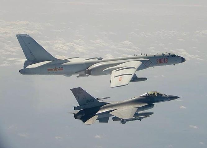 Giữa lúc đại dịch, Trung Quốc điều tàu Liêu Ninh tới Biển Đông; Mỹ, Nhật phản ứng ảnh 4