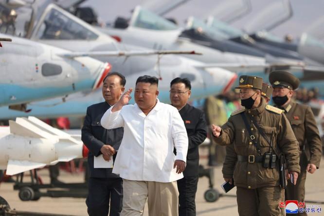 Xung quanh thông tin về sức khỏe ông Kim Jong-un, đâu là sự thật? ảnh 9