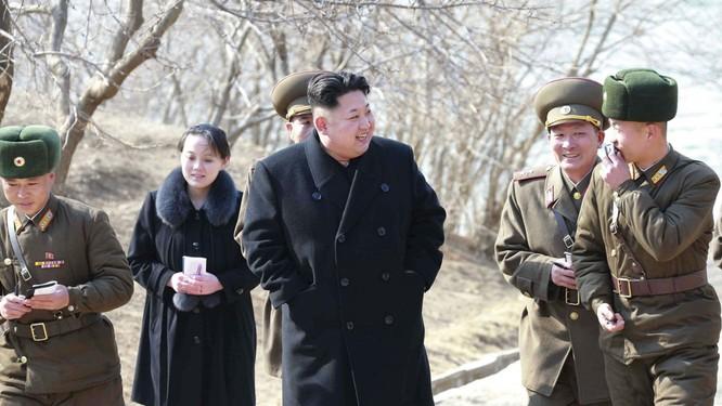 Xung quanh thông tin về sức khỏe ông Kim Jong-un, đâu là sự thật? ảnh 2
