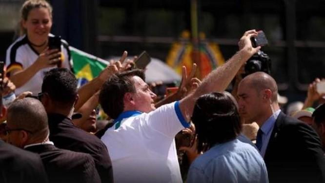 """Tạp chí The Lancet: """"Tổng thống Jair Bolsonaro là mối đe dọa lớn nhất của cuộc chiến chống dịch ở Brazil!"""" ảnh 2"""