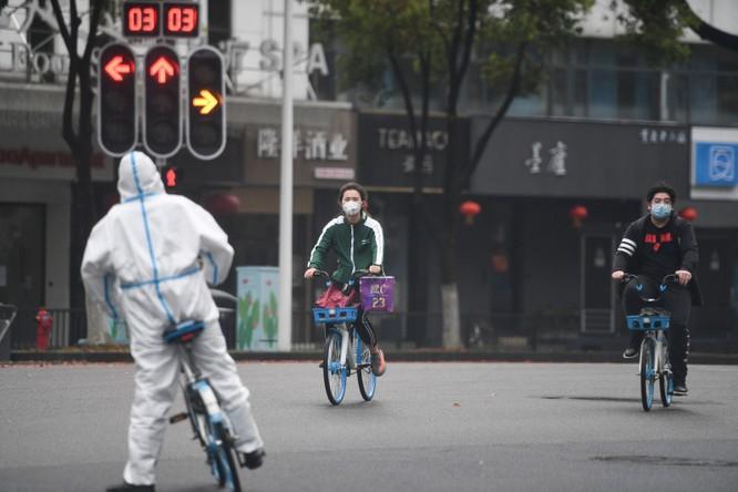Vũ Hán bất ngờ ra tuyên bố thực hiện xét nghiệm virus toàn bộ 11 triệu dân ảnh 1