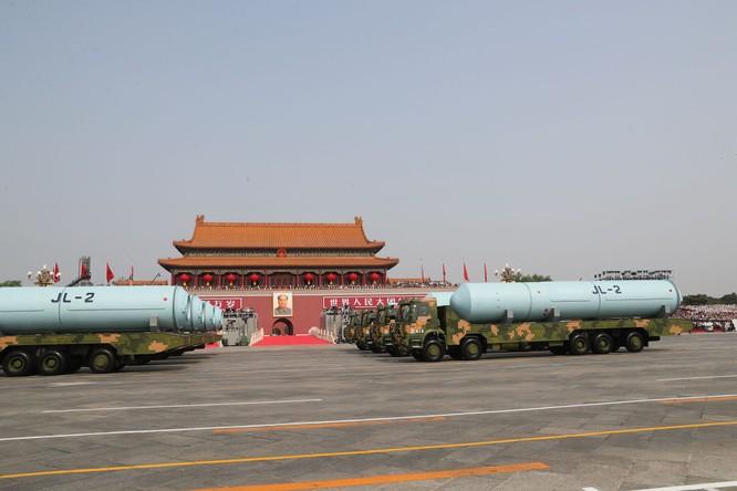 """Trung Quốc: tranh cãi xung quanh """"thuyết 1.000 vũ khí hạt nhân"""" đối phó Mỹ của Hồ Tích Tiến ảnh 4"""