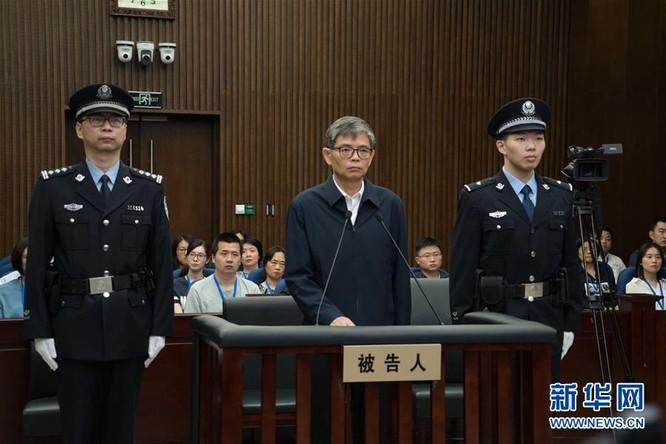 """Trung Quốc: rúng động vụ """"Tổng chỉ huy đóng tàu sân bay"""" bị thông báo bắt giữa đêm khuya ảnh 3"""