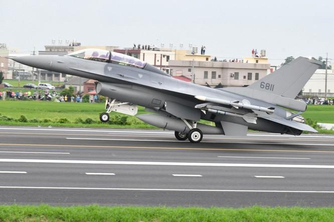Bất chấp Trung Quốc phản đối, Pháp tiếp tục bán vũ khí cho Đài Loan, quan hệ Bắc Kinh – Paris căng thẳng ảnh 1