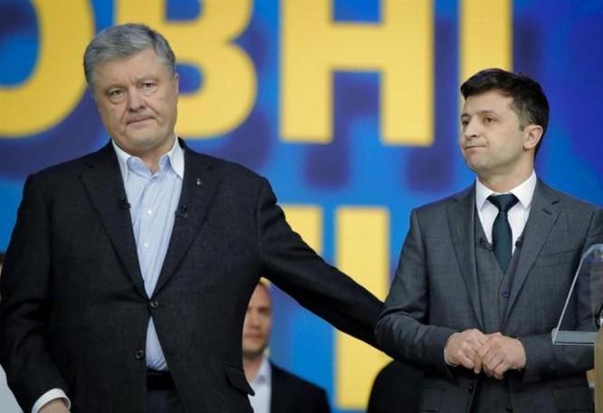 Ông Biden có thể mất điểm nghiêm trọng do vụ Ukraine điều tra cựu Tổng thống Poroshenko ảnh 2