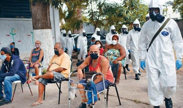 Tổng thống Jair Bolsorano và việc Brazil trở thành trung tâm dịch bệnh thứ hai thế giới ảnh 1