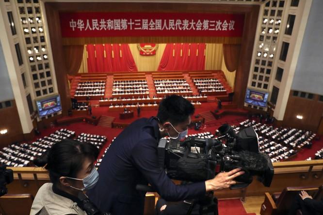 Học giả Mỹ cảnh báo: tình thế đã cực kỳ nguy hiểm, Trung Quốc và Mỹ có thể xảy ra chiến tranh! ảnh 1