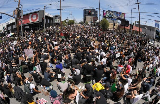 Bốn cựu Tổng thống Hoa Kỳ nói gì về tình hình biểu tình, bạo động hiện nay? ảnh 2
