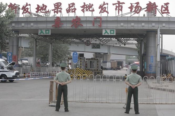 79 người nhiễm bệnh sau bốn ngày, liệu Bắc Kinh có trở thành Vũ Hán thứ hai? ảnh 3