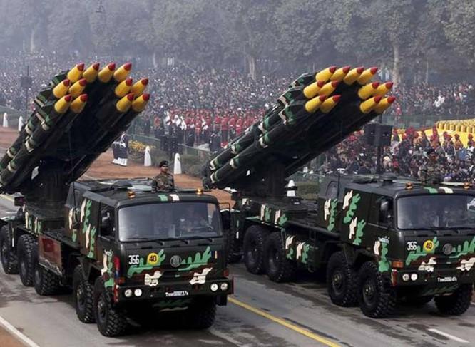Tranh chấp biên giới Trung - Ấn: Bộ trưởng Quốc phòng Ấn Độ tuyên bố cứng rắn ảnh 5
