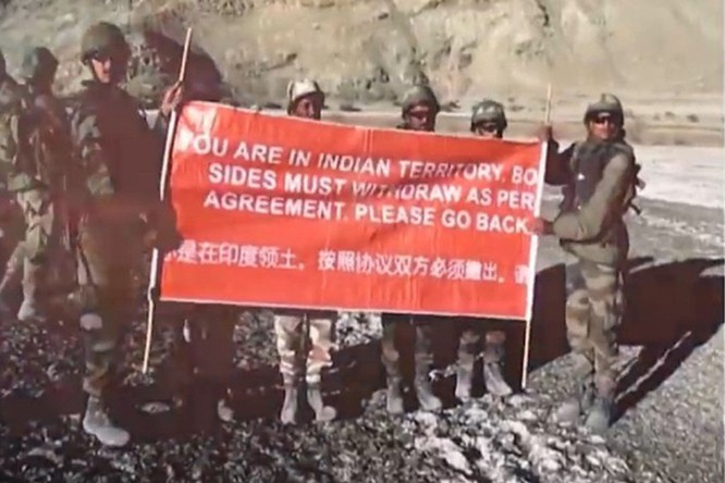 Tranh chấp biên giới Trung - Ấn: Bộ trưởng Quốc phòng Ấn Độ tuyên bố cứng rắn ảnh 3