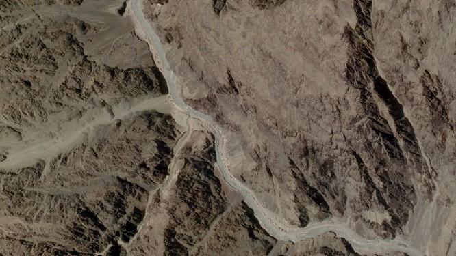 Trung Quốc bí mật xây dựng cấu trúc ở biên giới, Ấn Độ cho máy bay giám sát đối phương ảnh 3