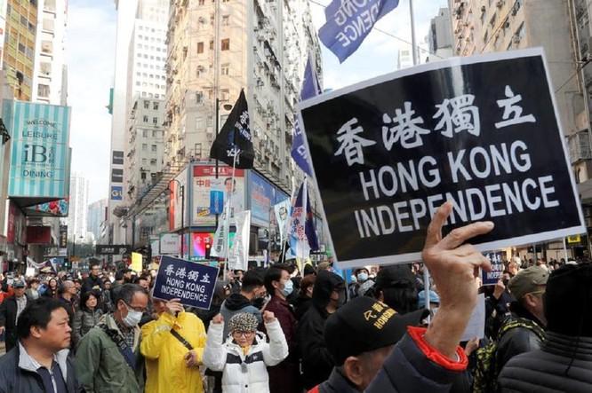Mỹ thông qua Luật tự trị Hồng Kông, chuẩn bị ra đòn trừng phạt, Trung Quốc nổi xung ảnh 4