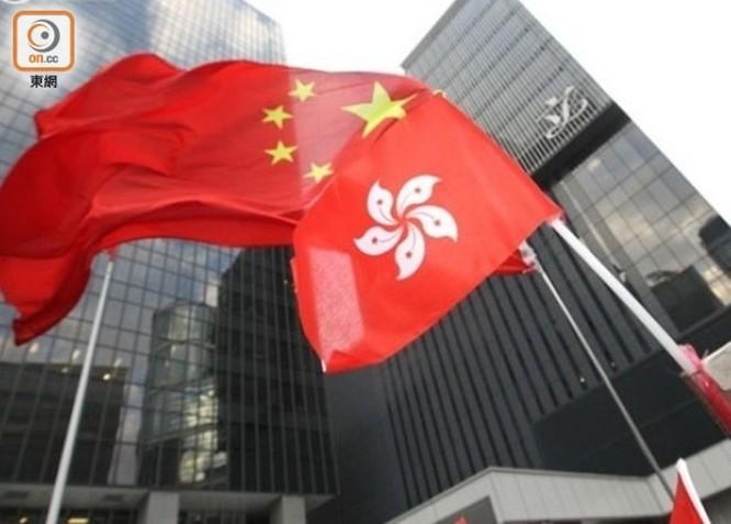 Trung Quốc thông qua Luật An ninh Quốc gia Hồng Kông, Mỹ và Trung Quốc tuyên bố trừng phạt lẫn nhau ảnh 1