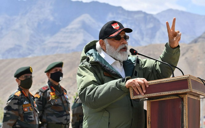 Tức giận vì hành động gây hấn ở biên giới, Ấn Độ phản công Trung Quốc toàn diện ảnh 3