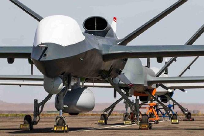 Nhằm tăng cường sức mạnh quân sự trên biển, Trung Quốc thử nghiệm UAV chuyên bay biển ảnh 1