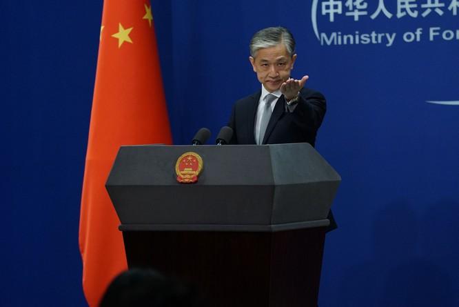 Trả đũa Mỹ, Trung Quốc tuyên bố đóng cửa và cho cảnh sát vũ trang bao vây Lãnh sự quán Mỹ ở Thành Đô ảnh 1