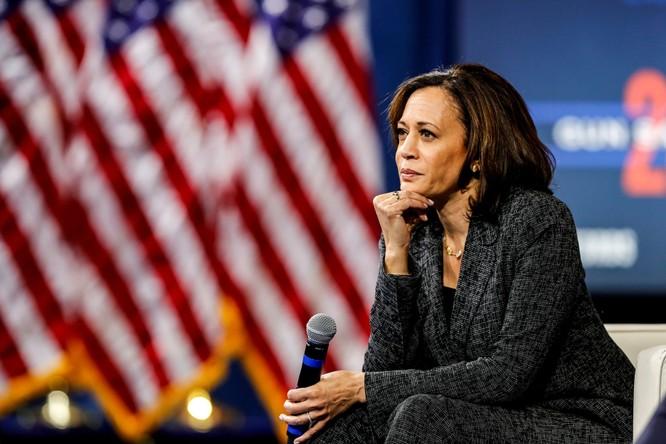 Ông Biden lựa chọn bà Kamala Harris đứng chung liên danh, TT Trump chê bai hết lời ảnh 1