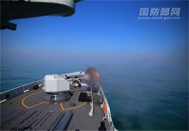 Lần đầu tiên đưa máy bay ném bom chiến lược H-6 tới Hoàng Sa, Trung Quốc có ý đồ gì? ảnh 3