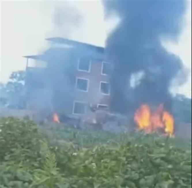 Rúng động tin Su-35 PLA bị rơi, Đài Loan phủ nhận tin do họ bắn ảnh 1