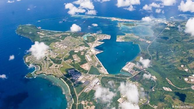 Giữa lúc căng thẳng, Trung Quốc tung phim mô phỏng tấn công Guam, Mỹ đưa video tập trận chiếm đảo ảnh 2