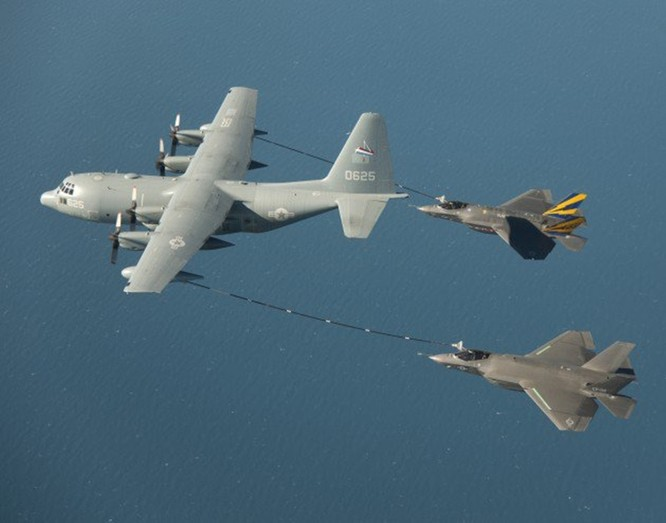 Va chạm kinh hoàng trên không, tiêm kích tàng hình tối tân F-35B Mỹ bị rơi ảnh 2