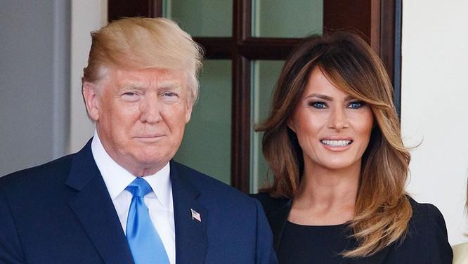 Nóng: Trợ lý cấp cao nhiễm SARS-CoV-2, TT Trump và vợ phải cách ly ảnh 2