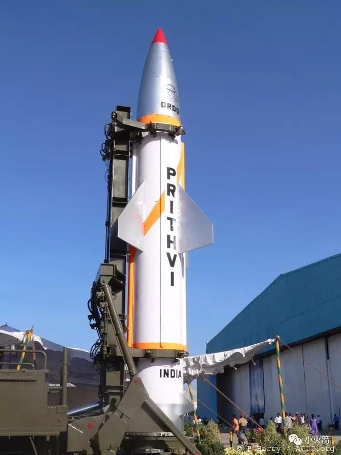 Phóng thử tên lửa chiến thuật mang đầu đạn hạt nhân, báo Ấn Độ tuyên bố nhằm vào Trung Quốc ảnh 1