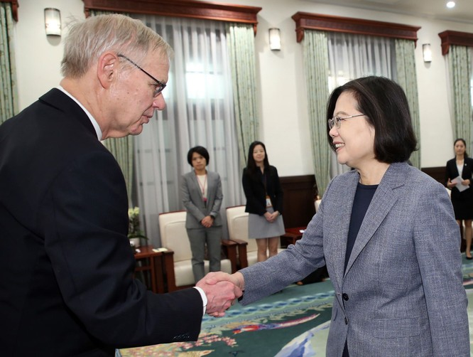 Nghị sĩ lưỡng đảng Mỹ cùng đề xuất nâng cấp quan hệ toàn diện với Đài Loan ảnh 1