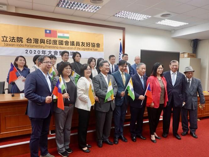 Phớt lờ cảnh báo của Trung Quốc, Ấn Độ và Đài Loan ký biên bản ghi nhớ hợp tác thương mại ảnh 1