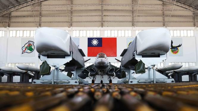 Báo Hoa ngữ: Trung Quốc sửa đổi Luật Quốc phòng là nhằm vào Đài Loan ảnh 4