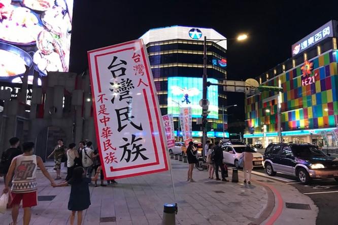 Kết quả thăm dò dân ý Đài Loan: đa số muốn hòa bình nhưng sẵn sàng chiến đấu chống Đại lục ảnh 2