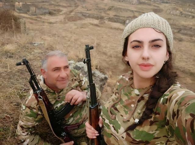 Điều gì khiến Armenia thảm bại trong cuộc chiến Nagorno-Karabakh? ảnh 3