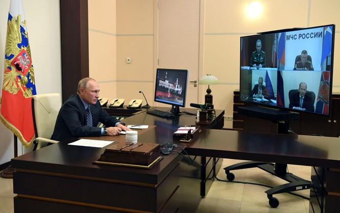Armenia hỗn loạn sau khi ký hiệp định ngừng bắn: dân chúng tự đốt nhà bỏ đi, Ngoại trưởng từ chức... ảnh 11