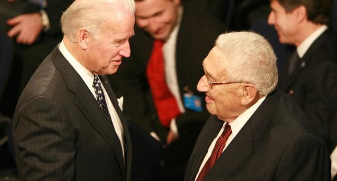 Cựu Ngoại trưởng Kissinger kêu gọi ông Biden đối thoại với Trung Quốc, tránh bất đồng thành xung đột ảnh 1