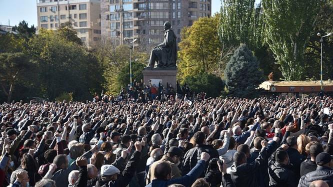 Hiệp định ngừng bắn Nagorno-Karabakh: Ai thắng ai thua, ai được ai mất? ảnh 4