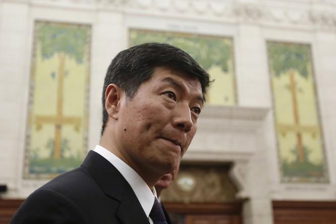 """Mời """"Thủ tướng chính phủ Tây Tạng"""" lưu vong thăm Nhà Trắng lần đầu, ông Trump chọc giận Trung Quốc ảnh 1"""