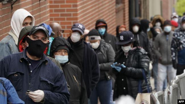 Hơn 60% người Mỹ yêu cầu Trung Quốc bồi thường thiệt hại do COVID-19 ảnh 1
