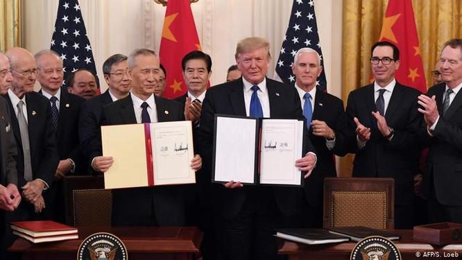 Báo Mỹ: Tổng thống Donald Trump xem xét áp dụng hành động mới chống Trung Quốc ảnh 4