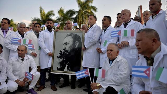 Bị làn sóng dịch thứ hai tấn công, Italy lại phải cầu viện Cuba ảnh 2