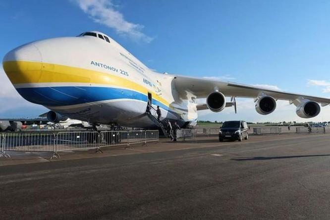Thất bại trong vụ mua hãng chế tạo động cơ Motor Sich, Trung Quốc kiện Ukraine ra trọng tài quốc tế ảnh 4