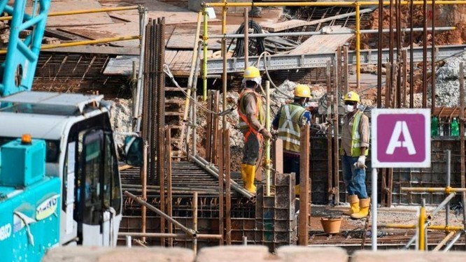 Kinh hoàng một nửa số lao động nước ngoài ở Singapore nhiễm COVID-19! Vì đâu nên nỗi... ảnh 1