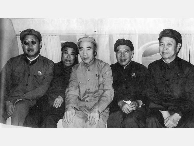 Sự kiện Lâm bưu (Kỳ 4): Giọt nước làm tràn ly, Mao Trạch Đông quyết định ra tay loại bỏ Lâm Bưu ảnh 3