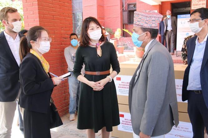 Truyền thông quốc tế nói Đại sứ Trung Quốc liên quan đến bất ổn chính trị ở Nepal, Bắc Kinh im lặng ảnh 4