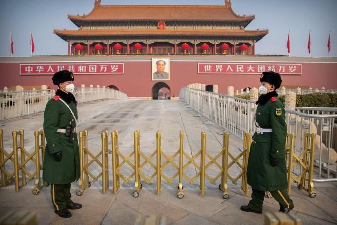 Báo Nga: Trung Quốc chiến thắng COVID-19 nhưng mất uy tín, kinh tế lâm nguy vì ngoại giao Chiến lang ảnh 1