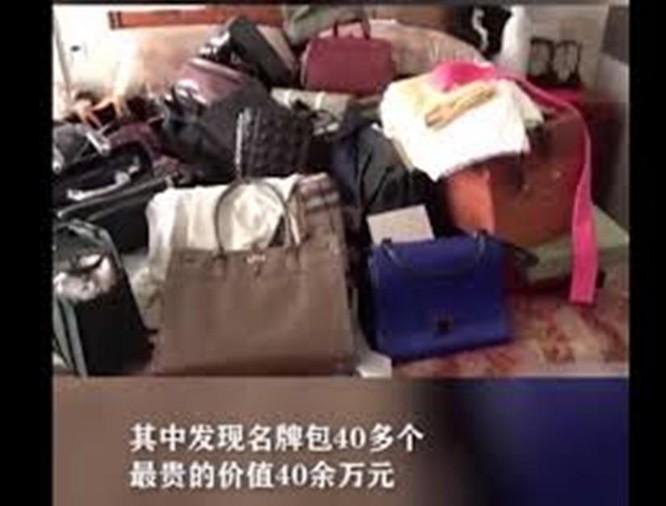 Nữ quan tham Trung Quốc với thú vui quái đản: mua nhà chỉ để cất của cải vơ vét được ảnh 4