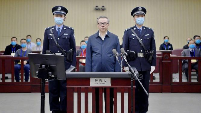 Đệ nhất quan tham Trung Quốc có 100 người tình bị tử hình ảnh 2