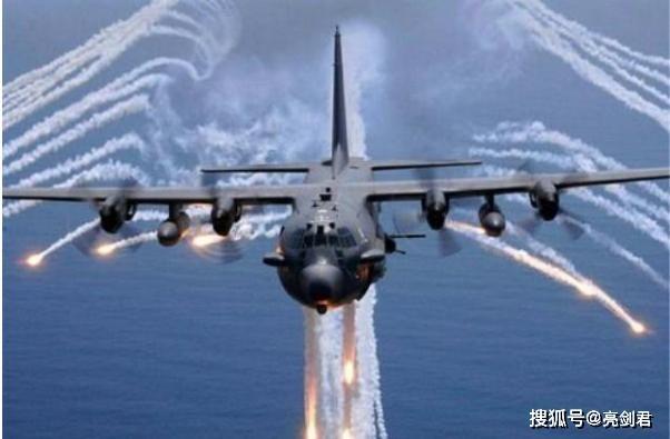 Chuẩn bị ứng phó tàu sân bay Mỹ, Hải quân Iran trang bị thêm 340 xuồng cao tốc mang tên lửa ảnh 6