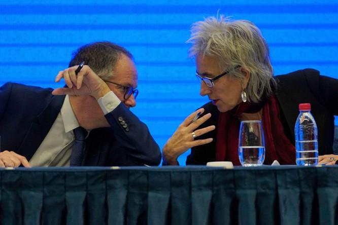 Truyền thông Australia lật tẩy các thành viên Nhóm chuyên gia WHO có quan hệ mờ ám với Trung Quốc ảnh 3