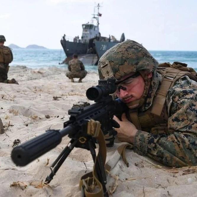 """Cựu Tư lệnh NATO: Mỹ sẽ tiến hành """"chiến tranh du kích"""" với Trung Quốc trên Biển Đông ảnh 3"""